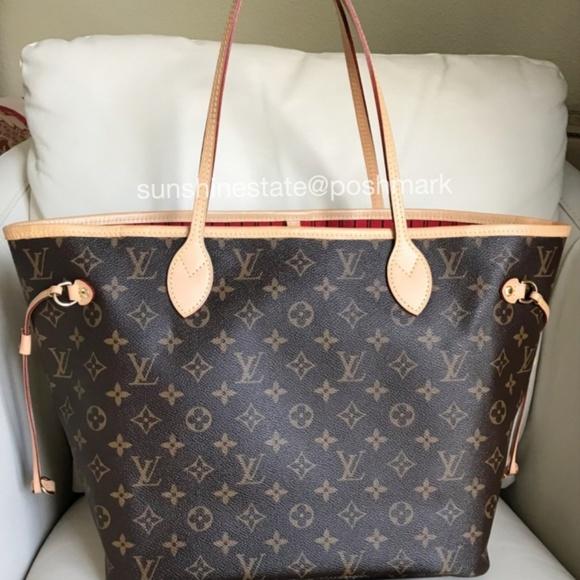 1ab0d38b4 Louis Vuitton Handbags - Louis Vuitton Neverfull MM Monogram Tote bag